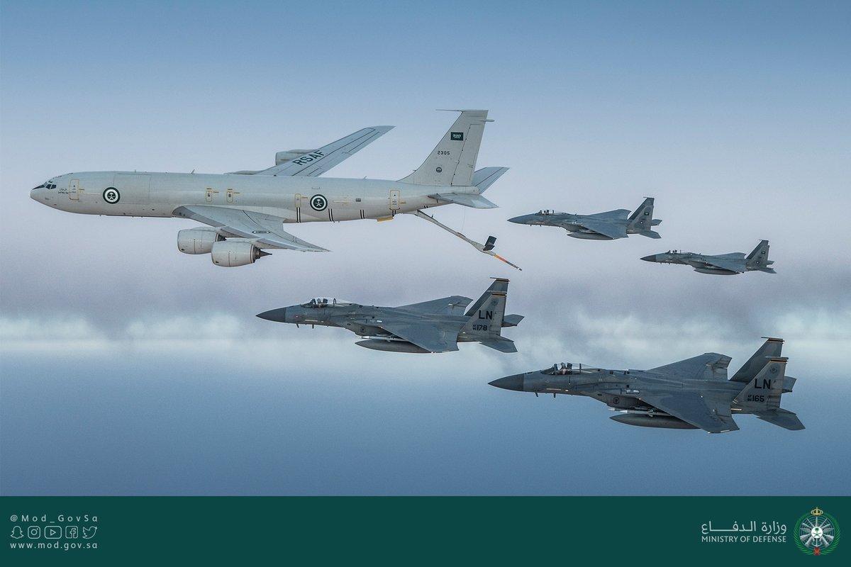 Show Of Force: U.S, Saudi Warplanes Conduct Joint Patrol Over Persian Gulf (Video, Photos)