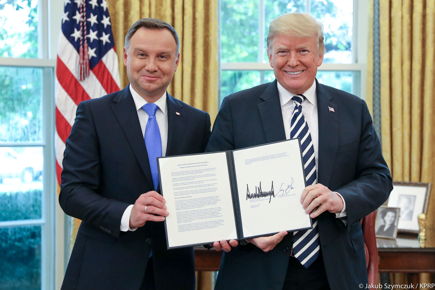 1,000 Additional Troops: Trump And Duda Sign Declaration to Increase US Presence In Poland