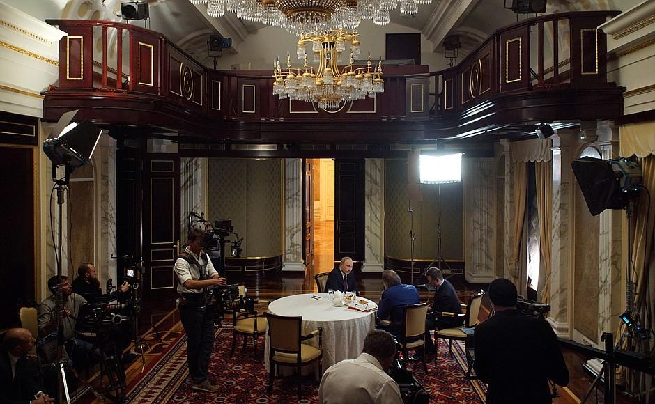 Vladimir Putin Interview With Oliver Stone