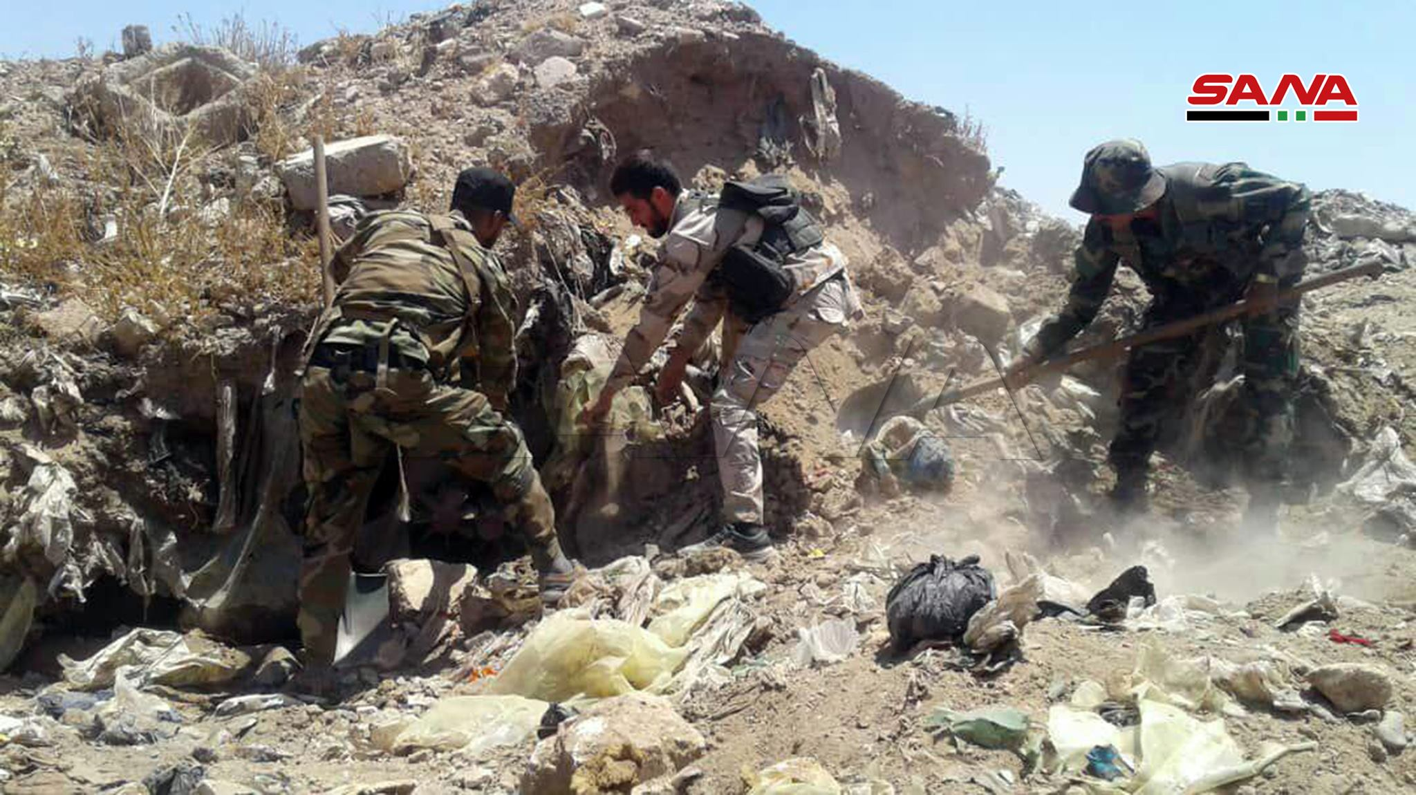 Syrian Army Uncovers Thousands Of Mortar Shells Hidden By ISIS In Southern Deir Ezzor (Photos)
