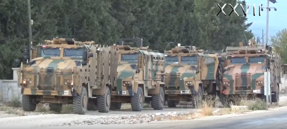 Turkey Deploys Large Military Reinforcements Along Border With Syria (Videos)