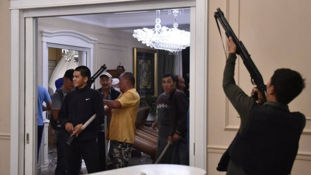 Crisis In Kyrgyzstan: Ex-President Atambayev Surrendered To Authorities After Two Days Of Clashes
