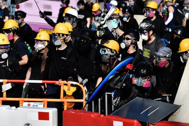 Protests In Hong Kong Continue From Morning, With Violence Escalating
