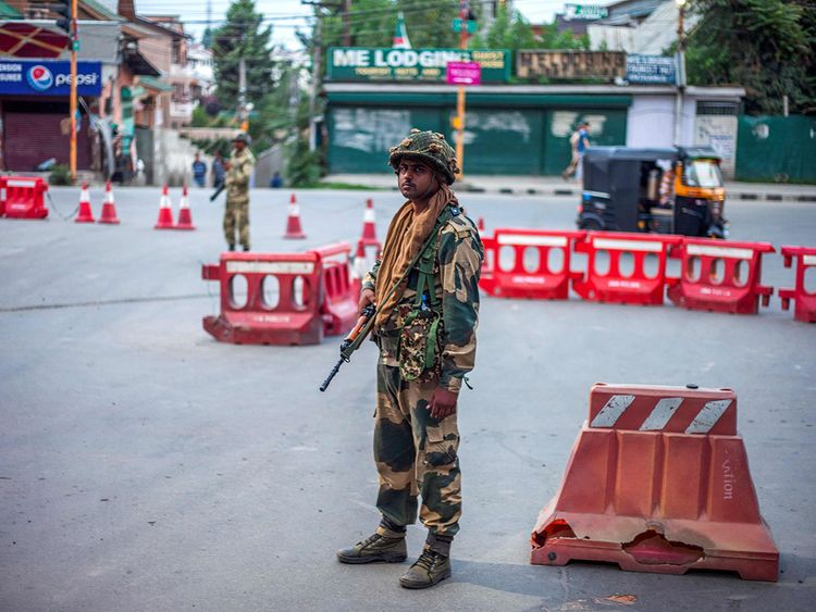 On the Brink of War? Pakistani Army Vows To Support 'Kashmir Population' Against India