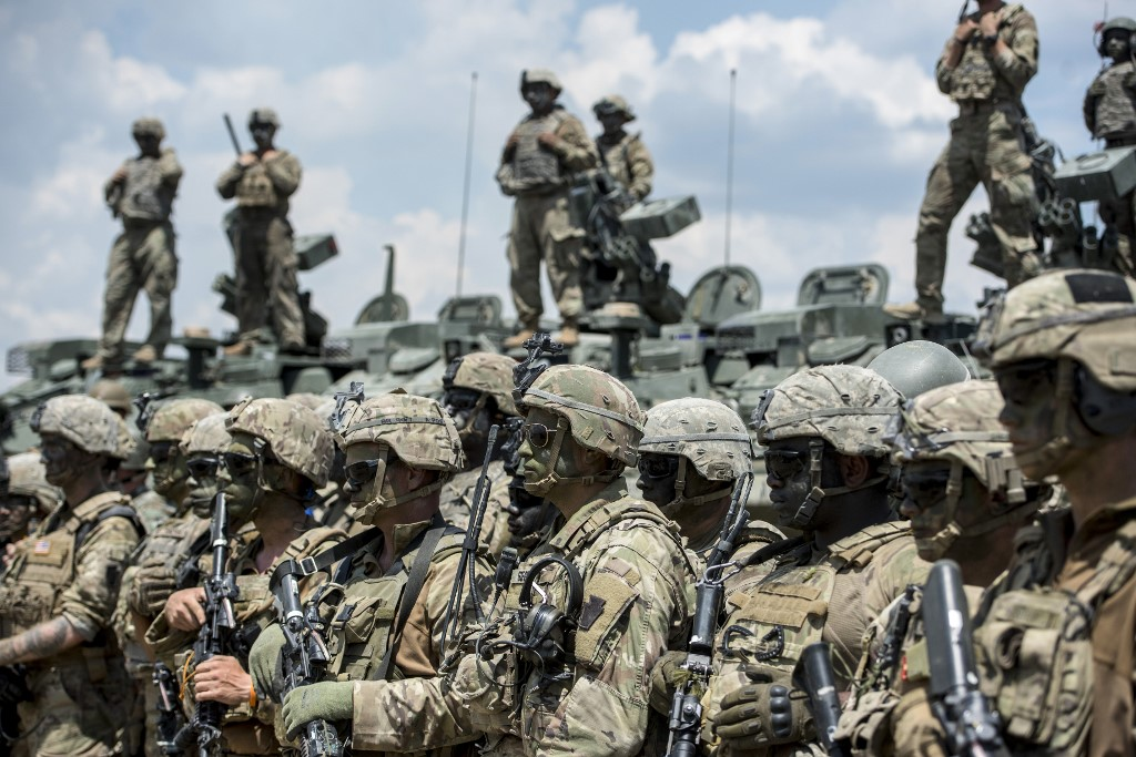 """US To Deploy More Troops To Middle East As """"Defensive"""" Move"""