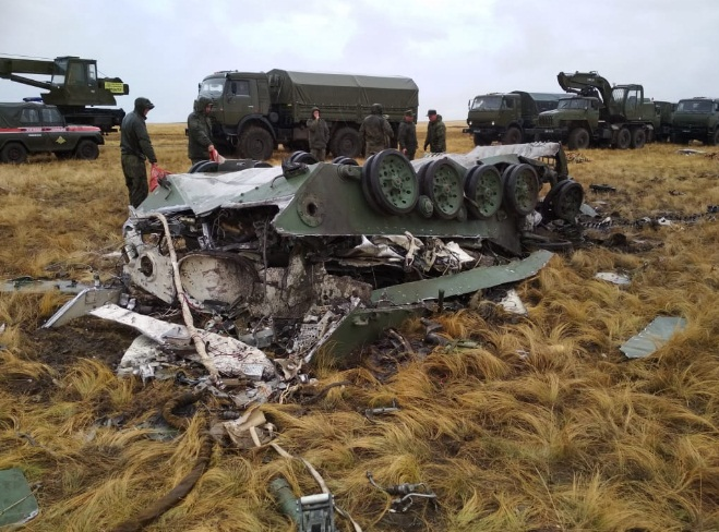 Two Russian Armoured Vehicles Destroyed Due To Mitakes During Airdrop Drill (Video, Photos)