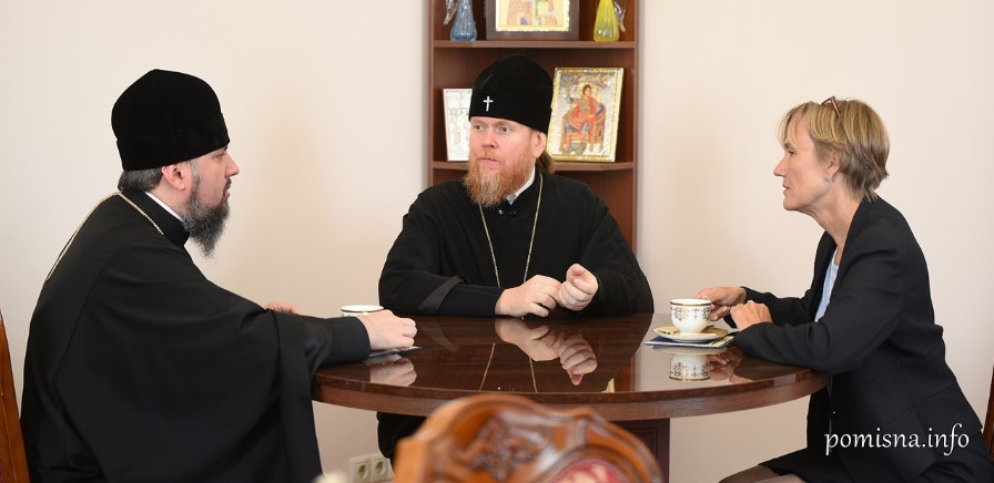 Collapsing 'Independent' Orthodox Church Of Ukraine Blames Russia For Own Problems