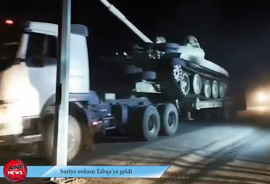 In Video: Large Syrian Army Convoy With Battle Tanks In Southern Raqqah