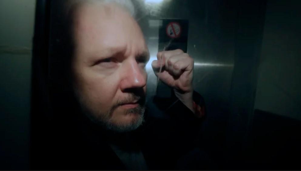 Case Mismanagement in London: Julian Assange, Political Offences and Surveillance