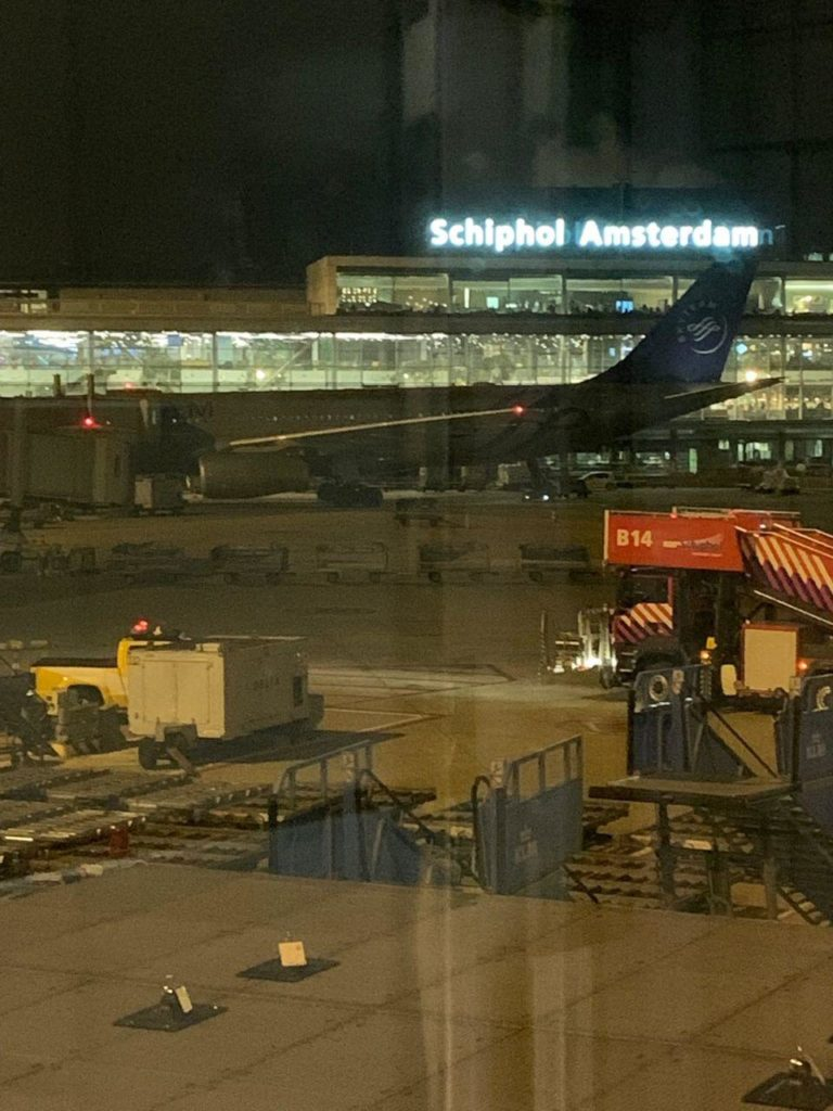 Military Police Lock Down Amsterdam Airport Schiphol Over 'Suspicious Situation' On Plane (UPDATED)