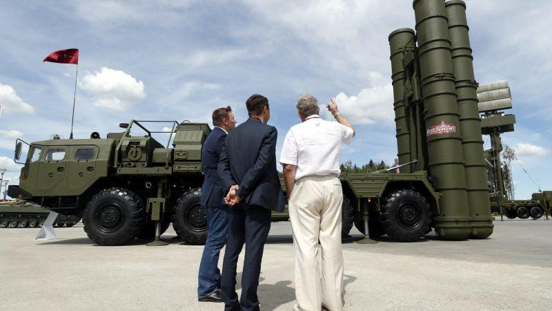 US Threatens Sanctions On Serbia, Scrambles To Thwart Possible S-400 Purchase