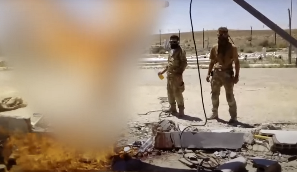 Hammered & Beheaded: Investigative Paper Wants Atrocities Of Alleged Russian Mercenaries In Syria Probed After Graphic Video