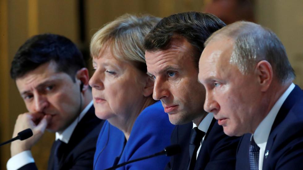 """The Saker: """"Making sense of the Paris summit"""""""