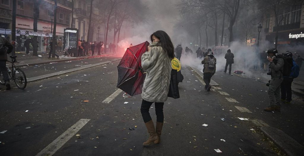 "France after ""Black Thursday"": What Participants Of Largest Protests In 15 Years Want"