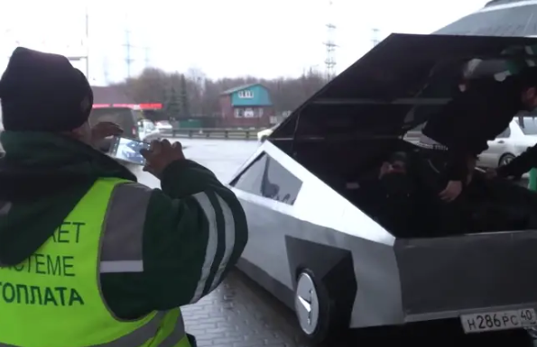 Russian YouTubers Create Gas-Powered Replica Of Tesla's Cybertruck Using A Hatchback And Some Sheet Metal