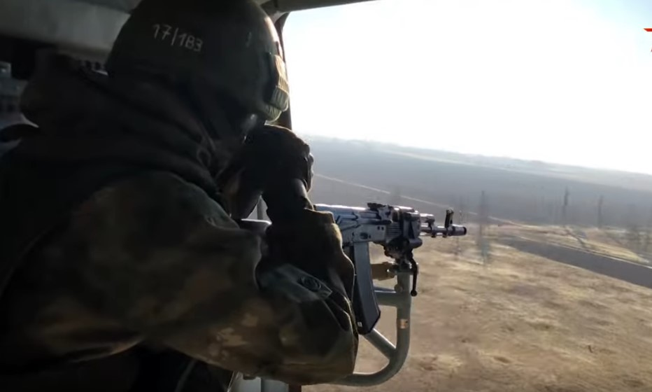 In Video: Russian Military Helicopters Escort Joint Turkish-Russian Patrol Near Kobani