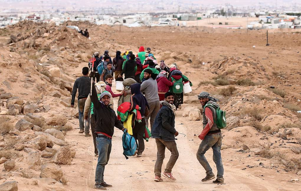 People Returning To Syria's Deir Ezzor: Russian Reconciliation Center