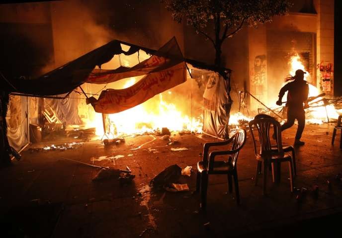 Anti-Government Riots in Lebanon Continue With A Rise in Violence