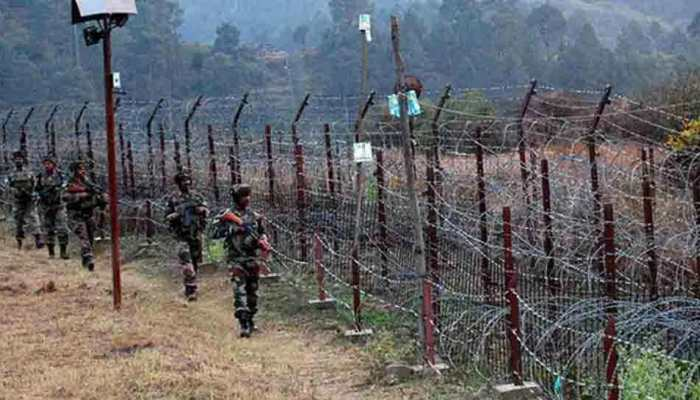 India and Pakistan Exchange Fire Along Kashmir Border, Following a Year of Escalation