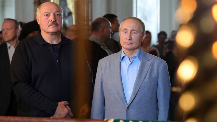 """Lukashenko Says He Will Meet Putin Shortly, Proclaims End Of """"Cold"""" In Belarus-US Relations"""