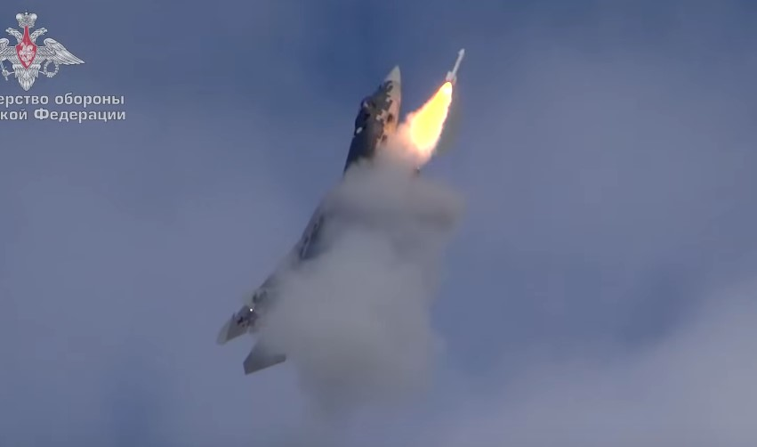 WATCH: Su-57 Stealth Jet Launches Air-To-Air Missile From Upright Position
