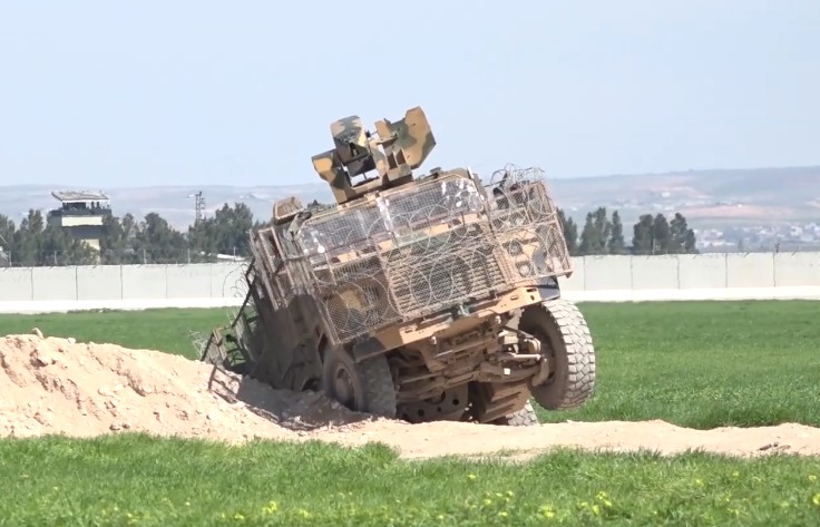 Turkish Armoured Vehicle Fell Into Ditch During Joint Patrol With Russians In Northeastern Syria (Video)