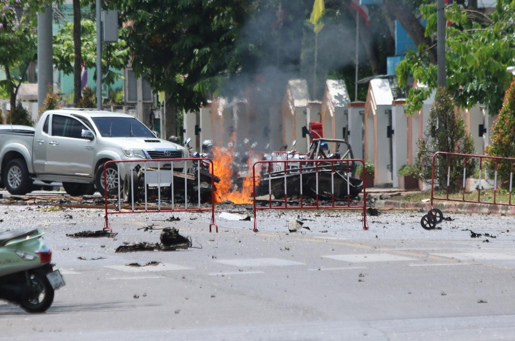 Car Bomb In Southern Thailand Leaves At Least 20 Injured