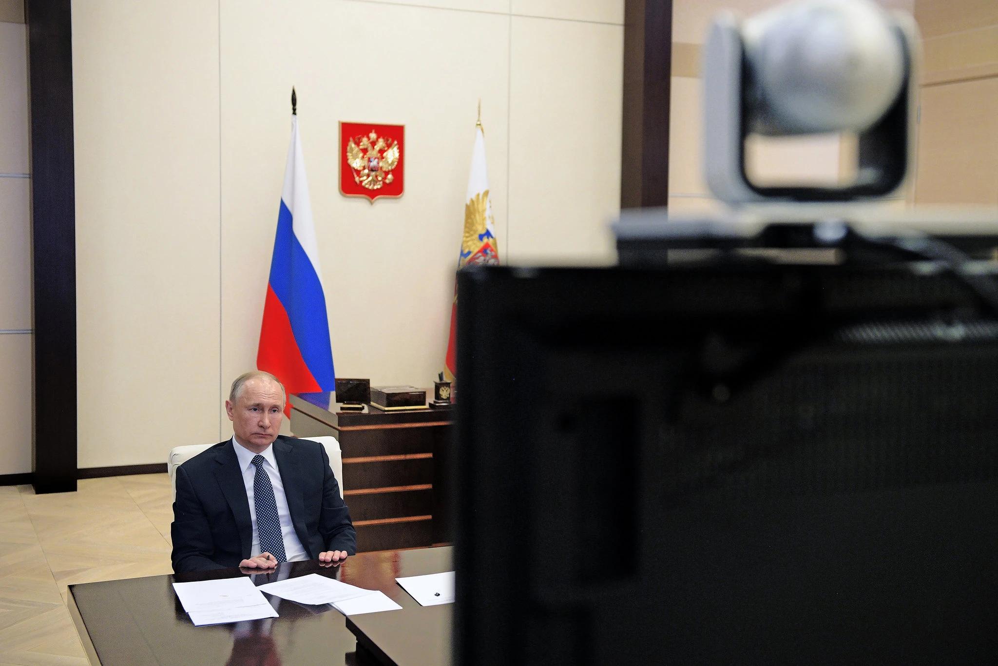 NYT Discovered Who's Behind U.S.' COVID-19 Panic: It's Vladimir Putin