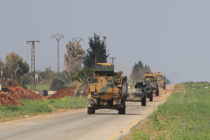 Joint Turkish-Russian Patrol Takes Place On M4 Two Days After Turkish Army's Clash With Hayat Tahrir al-Sham In Nearby Area (Photos)