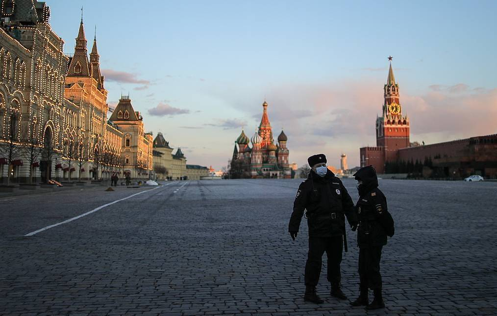 Moscow Authorities Tighten Control Of City Entrances Triggering Fears Of Full Lockdown Of Russian Capital