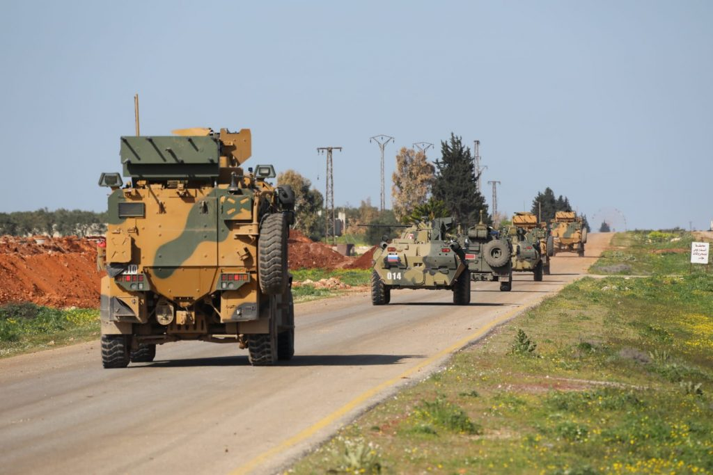 Paper Safe Zone: Russia And Turkey Conduct 3rd Limited Joint Patrol In Southern Idlib (Video, Photos)