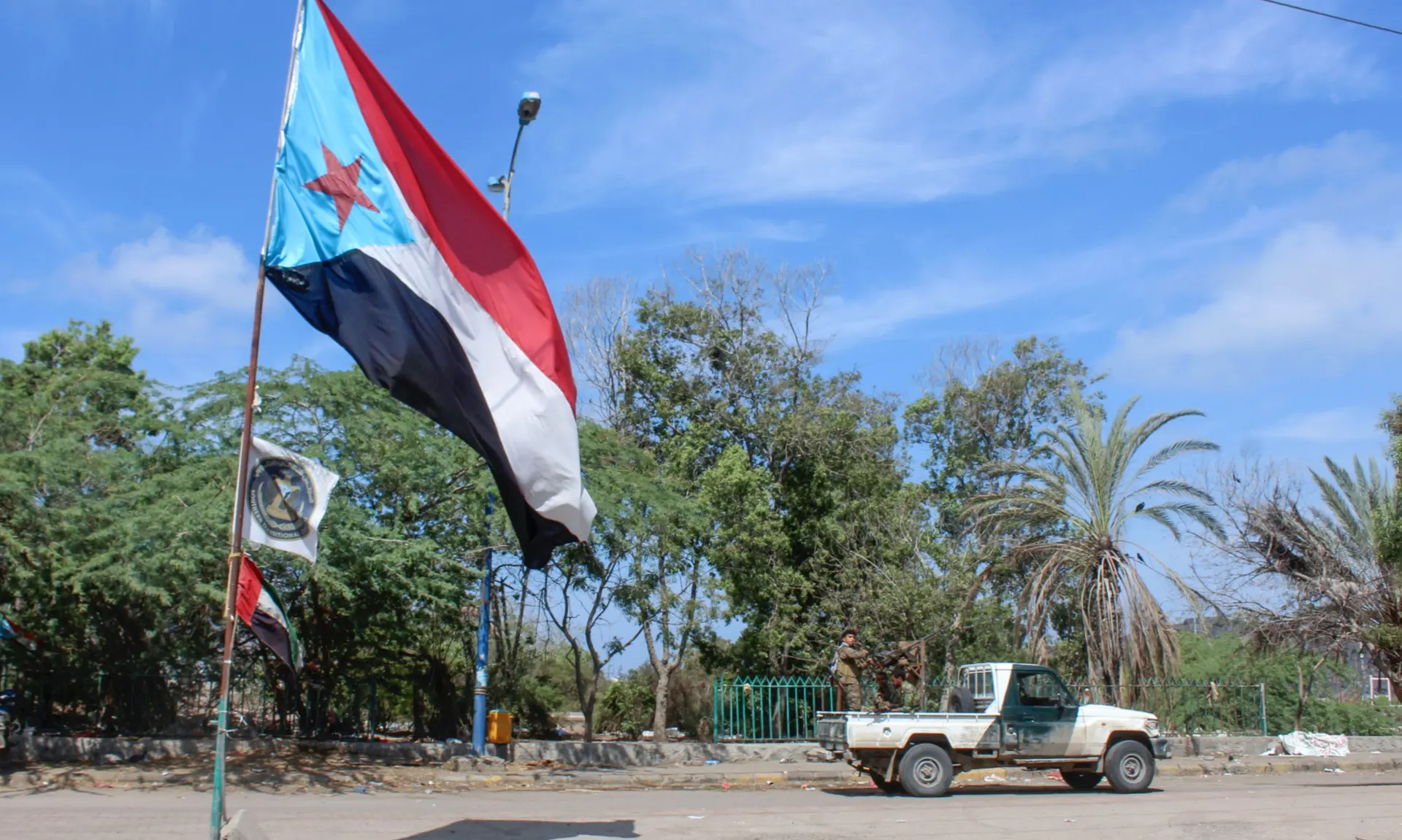 """Saudi Puppet Government In Yemen Warns Of """"Catastrophe"""" If Aden Moves On With Independence"""