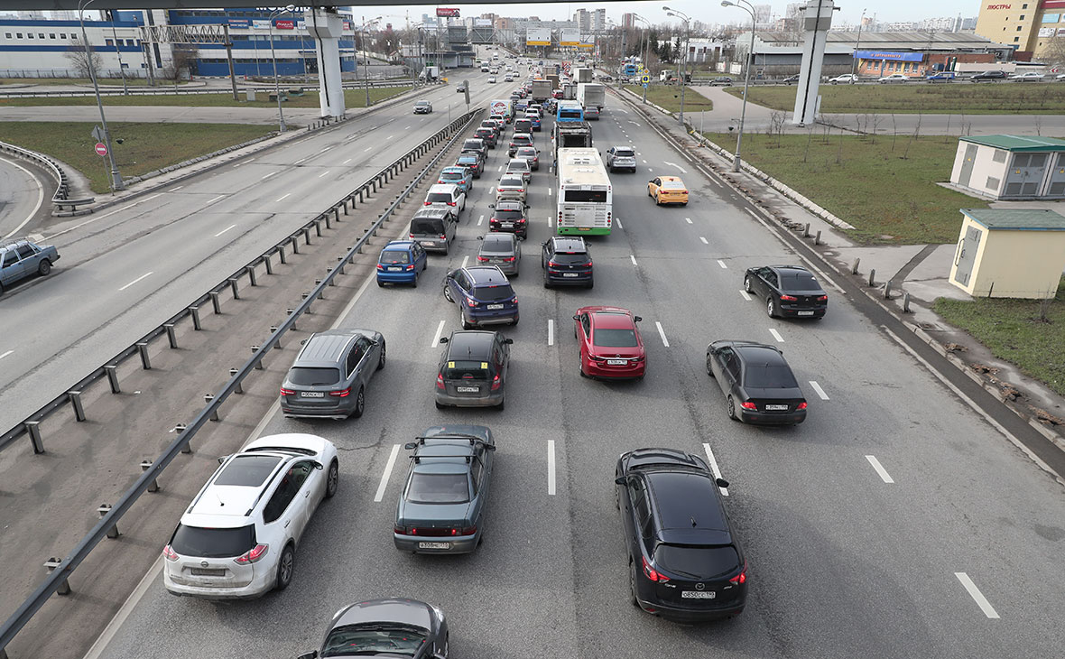 Moscow Entirely Congested On First Day Of COVID-19 Digital Pass