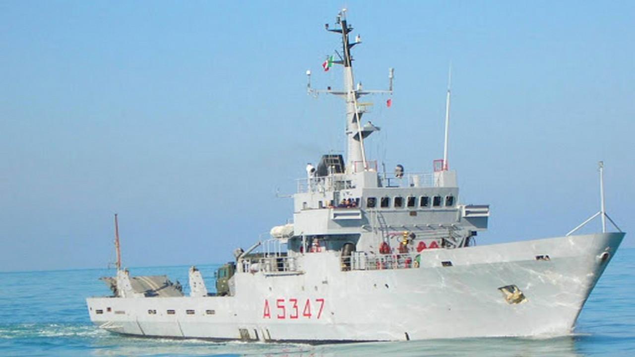 Italian Navy Transport Ship Departs Tripoli After Shelling