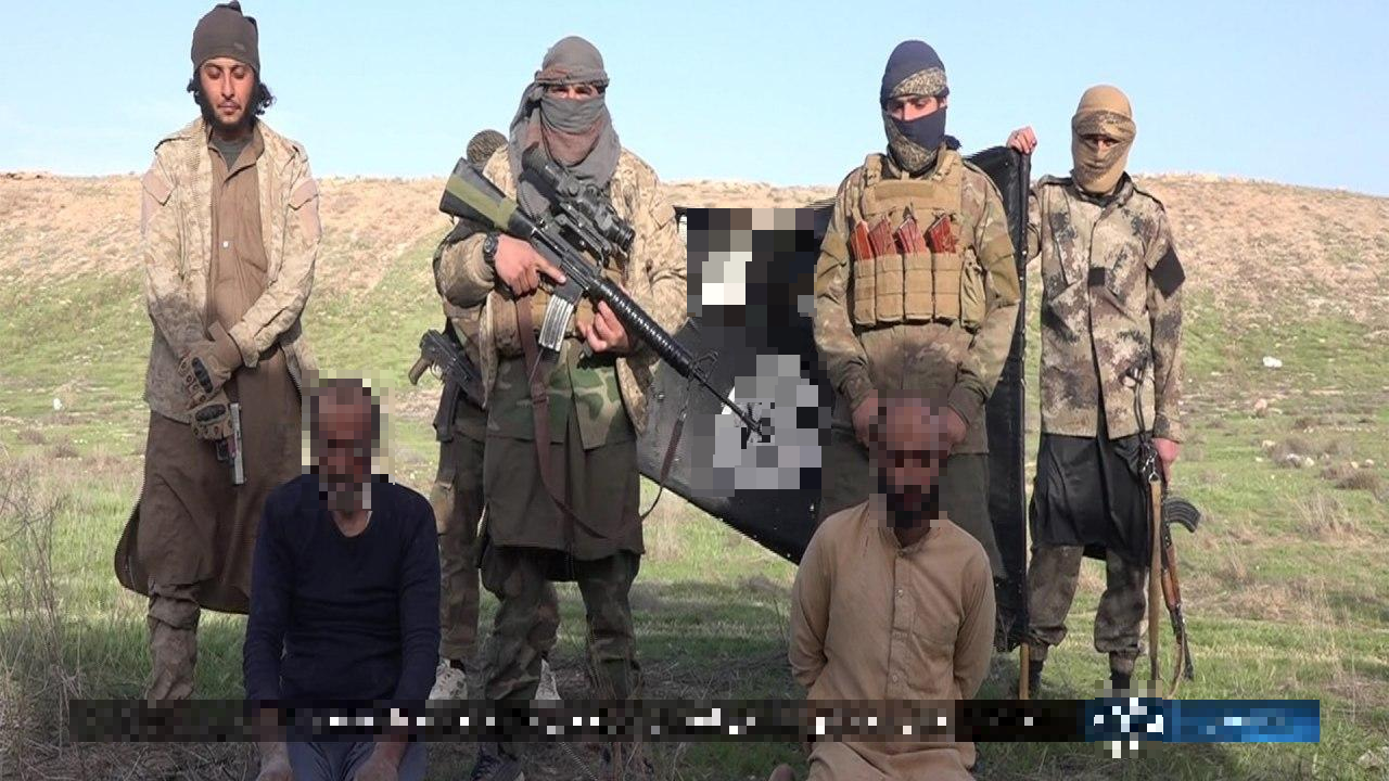 ISIS Cells Set Up Fake Checkpoint On Damascus-Deir Ezzor Highway, Execute Several People (Photos)