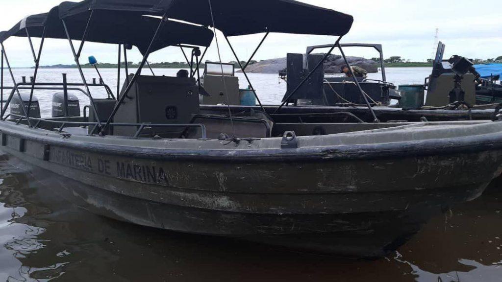 Venezuela Seizes Abandoned Colombian Military Boats, Weapons (Photos)