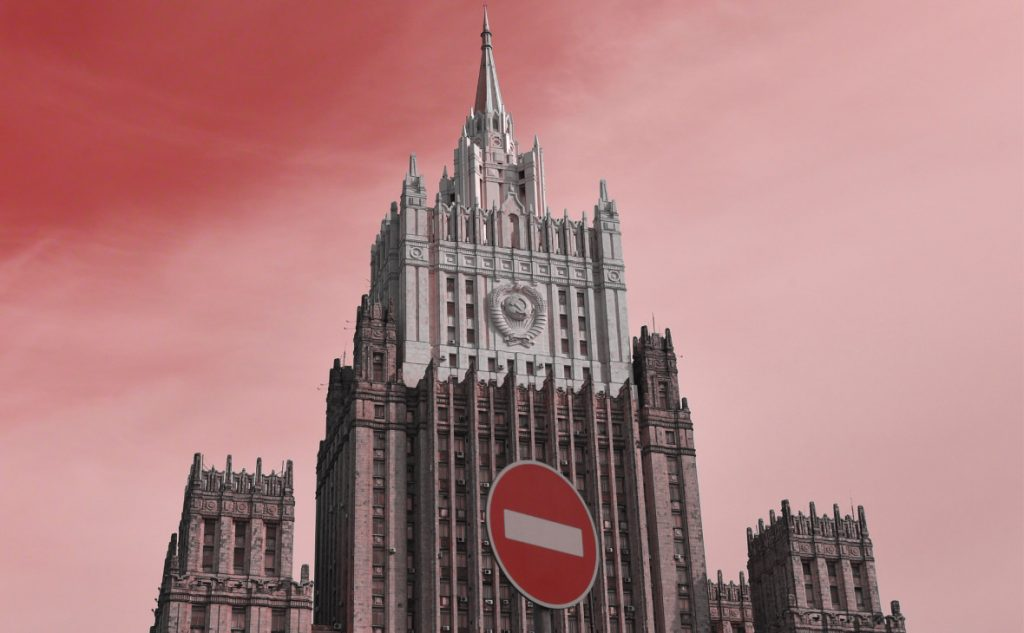 Russian Foreign Ministry Finally Reacted To Censorship On YouTube And Facebook