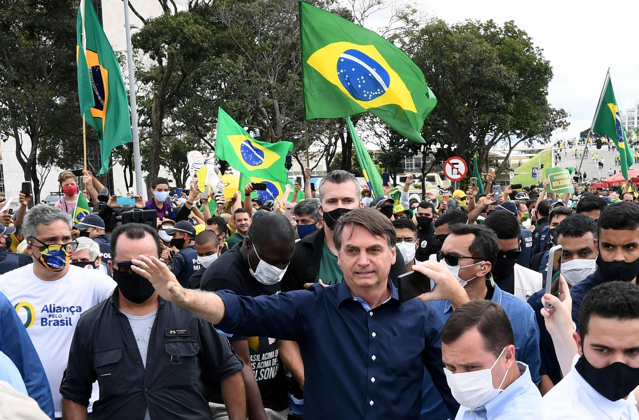 Brazil. Almost 100 Officers Publish Letter Warning Of Civil War