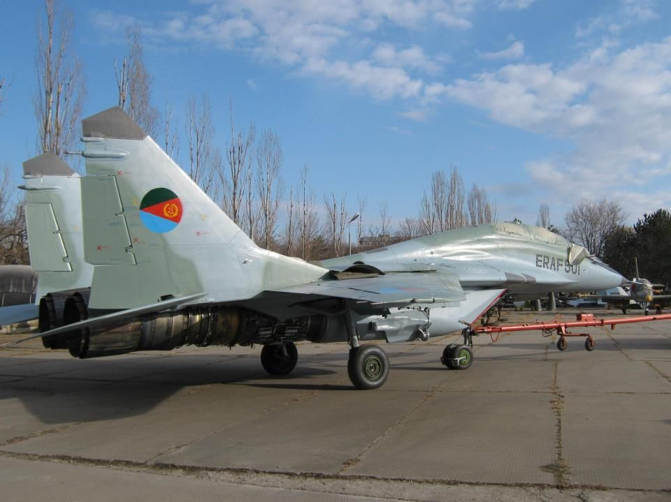 Throwback Thursday: That Time Russian Su-27 and MiG-29 Clashed Above Africa
