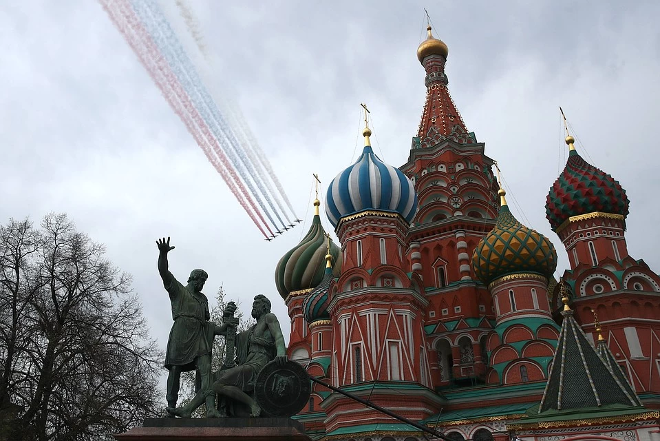 Russia's 75th Victory Day Parade To Only Feature Air Show