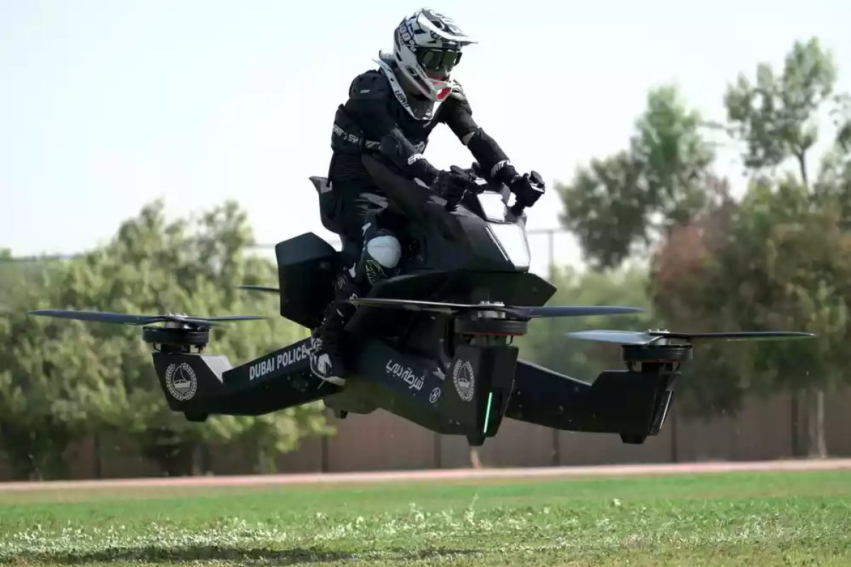 Shocking Moment Dubai Cop On Hoverbike Falls Out Of Sky