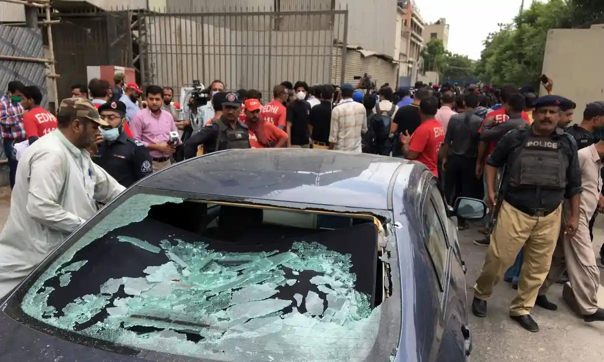 Gunmen Attack Pakistani Stock Exchange, At Least 10 Dead