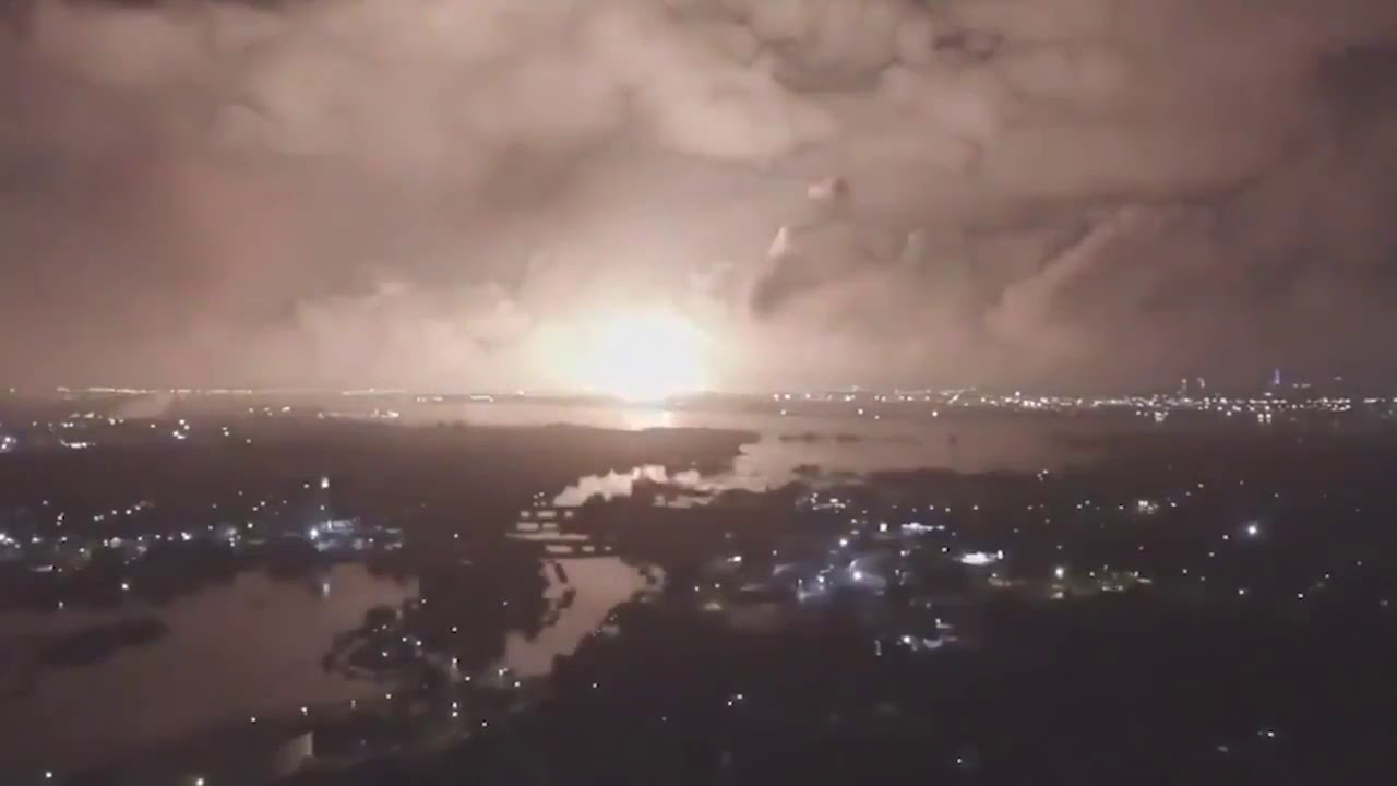 Explosion At Iranian Military Site Known For Nuclear Testing: Official Version Is Gas Explosion