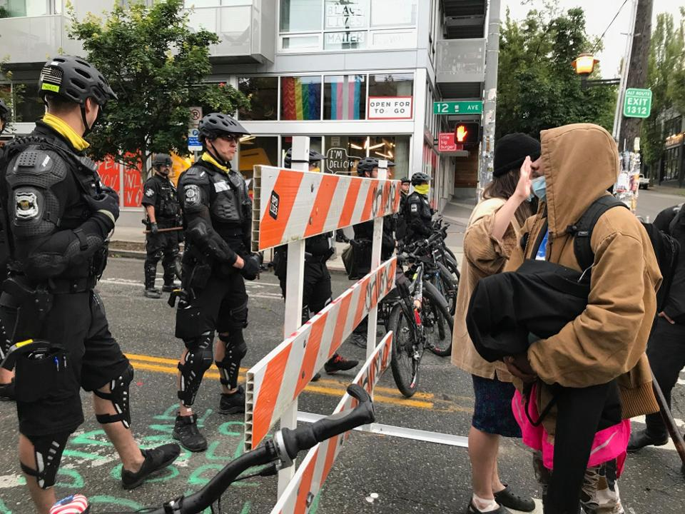 Police Clear Out Seattle's Autonomous Zone, After Protesters Reached Mayor's House