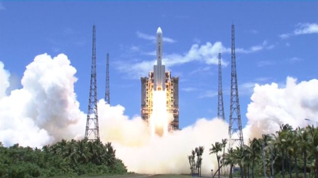 China Successfully Launches Its First Mars Mission - Tianwen-1