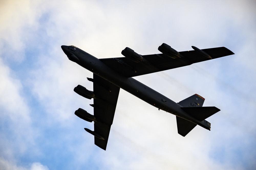 Russian Su-27 Fighter Jets Intercept U.S. B-52H Strategic Bomber Over Black Sea