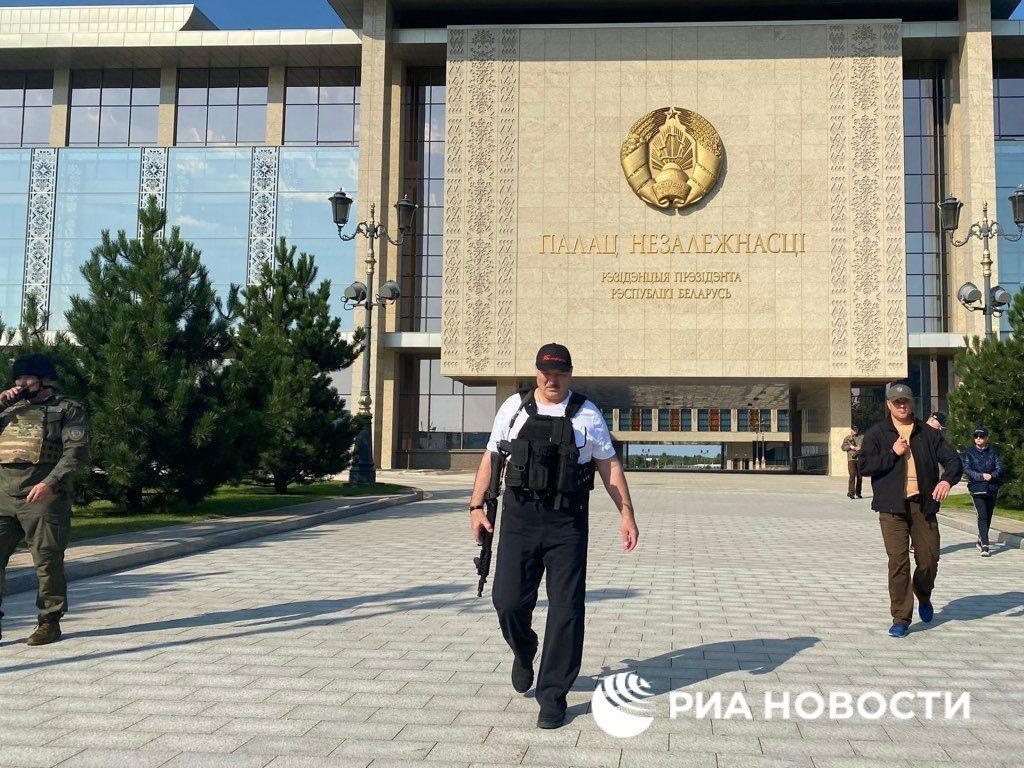 In Video: Belarusian Protesters Assault Police In Minsk