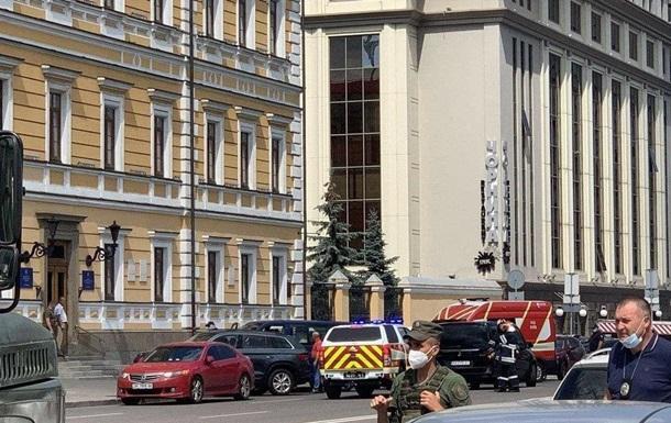 Explosive-Laden Man In Kiev Demands Interview With Journalists: Gets It