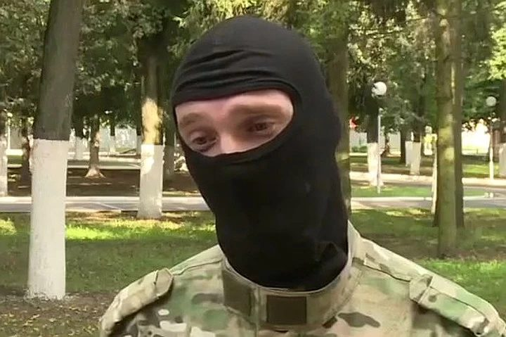 Belarus Security Forces Official Speaks Of 'Vetarans' Joining The Protesters, Death Threats