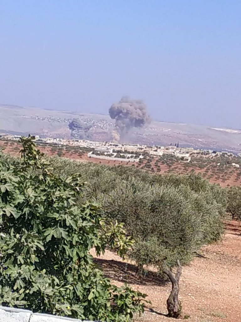 Russian Warplanes Pound Terrorists' Training Camps Near Idlib (Map, Photos)